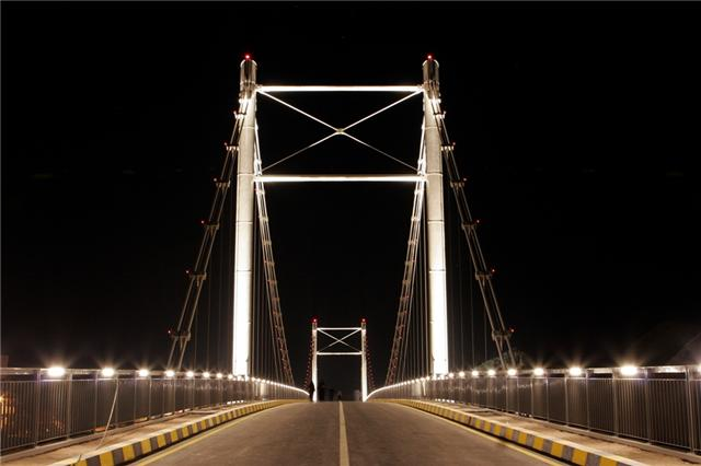الجسر المعلق في صور العفيه 9910