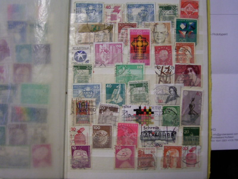 Verschiedene Briefmarken vor 20 Jahren vom Opa bekommen.... R0030814