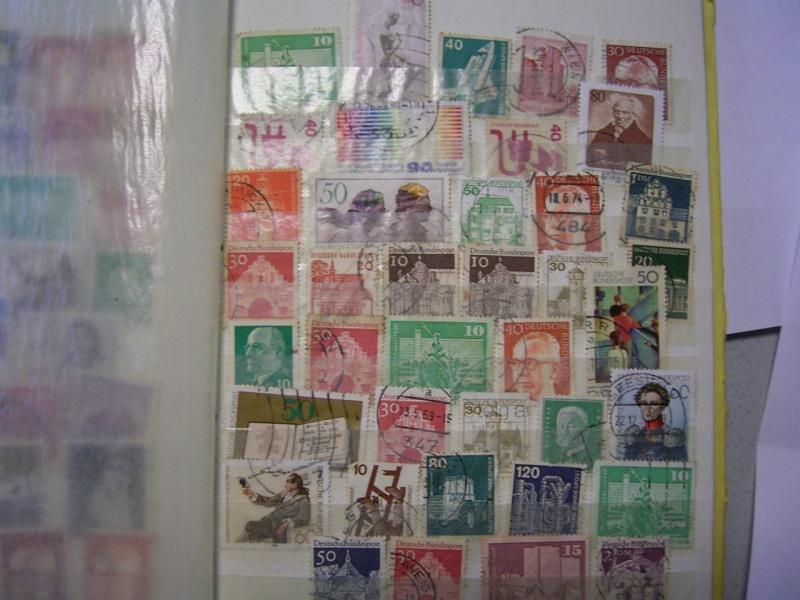 Verschiedene Briefmarken vor 20 Jahren vom Opa bekommen.... R0030816