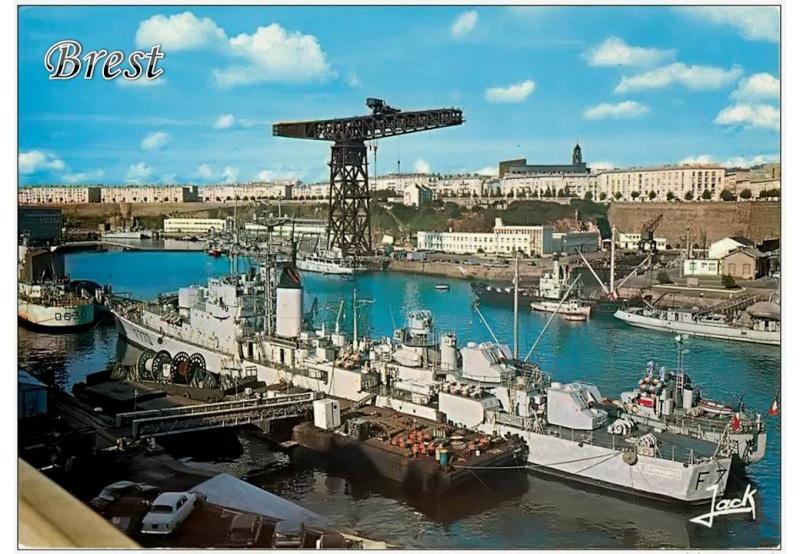 [Les ports militaires de métropole] Port de Brest - TOME 1 - Page 40 Diapos20