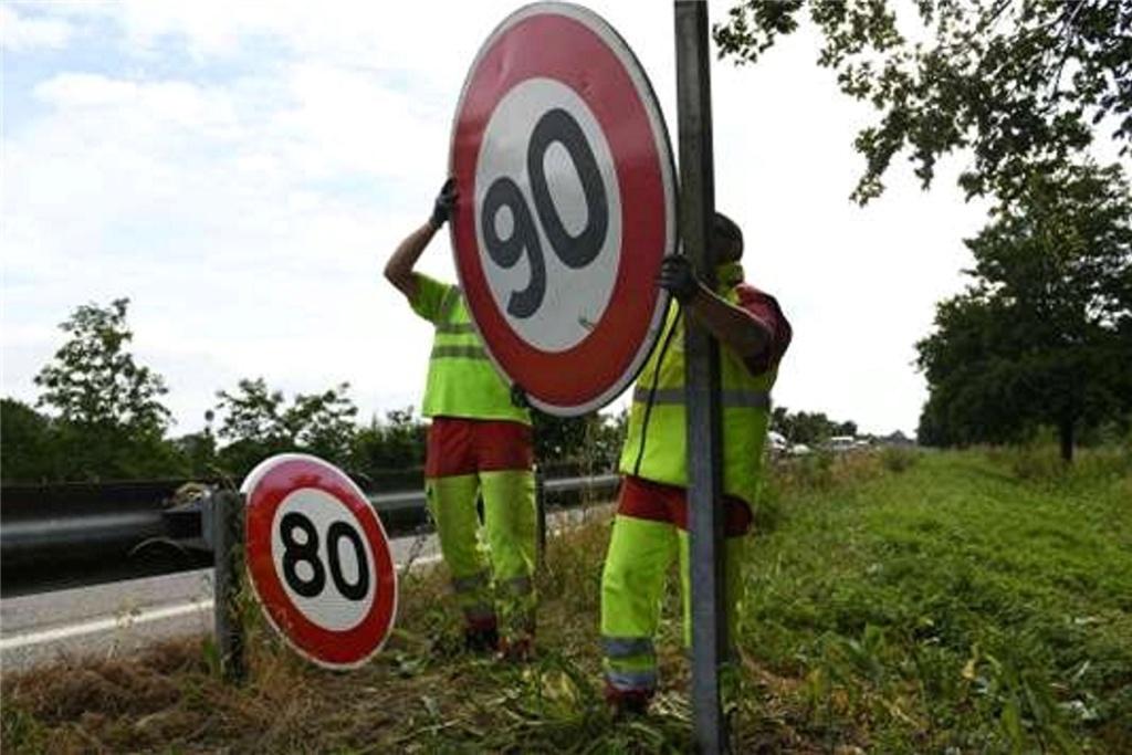 Limitation de vitesse à 80 km/h Limita10