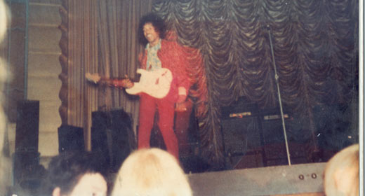 Brighton (The Dome) : 2 décembre 1967 Jimi-h10