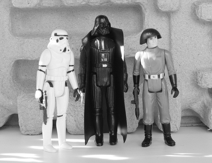 Star Wars Figures in Action!!: Overview On Page 1 - Page 8 Imperi10