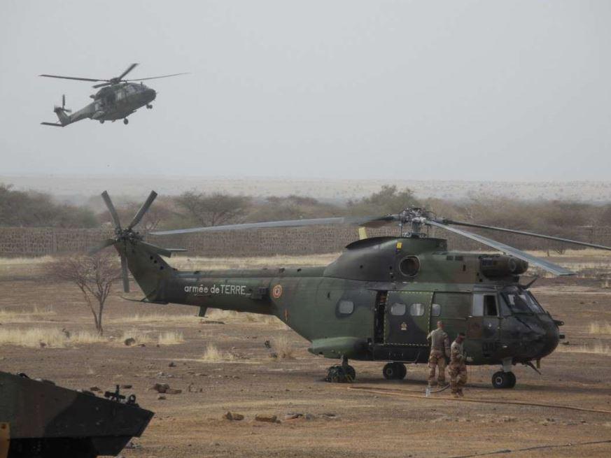 Mort en opération de treize militaires lors de la collision de deux hélicoptères au Mali  Captur16