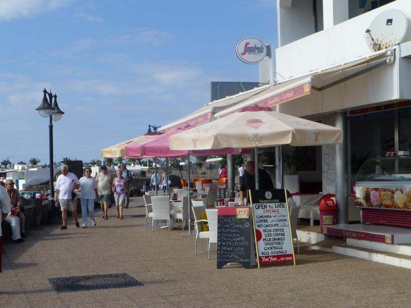 Canary Islands, Lanzarote, Playa Blanca, 2012, Walk from Rubicon Marina to the Lighthouse 28710