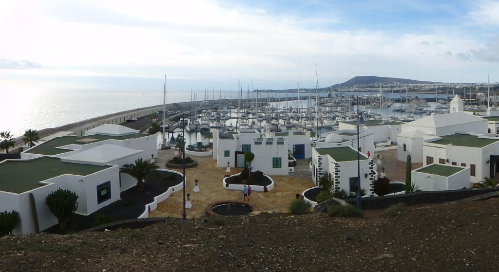 Canary Islands, Lanzarote, Playa Blanca, 2012, Walk from Papagaya to the Rubicon Marina 39410