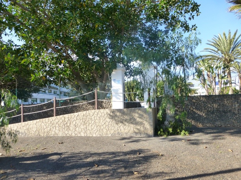 Canary Islands, Lanzarote, Playa Blanca, 2012, Walk from Dorada beach through Town 89210