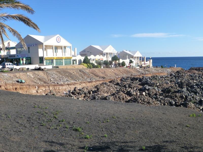 Canary Islands, Lanzarote, Playa Blanca, 2012, Walk from Dorada beach through Town 89710