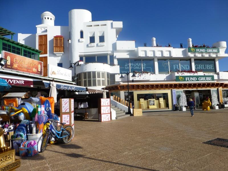 Canary Islands, Lanzarote, Playa Blanca, 2012, Walk from Dorada beach through Town 95310