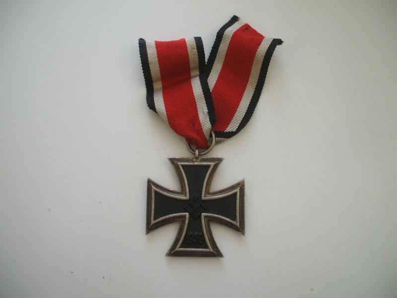 Vos décorations militaires, politiques, civiles allemandes de la ww2 - Page 2 Croix_10