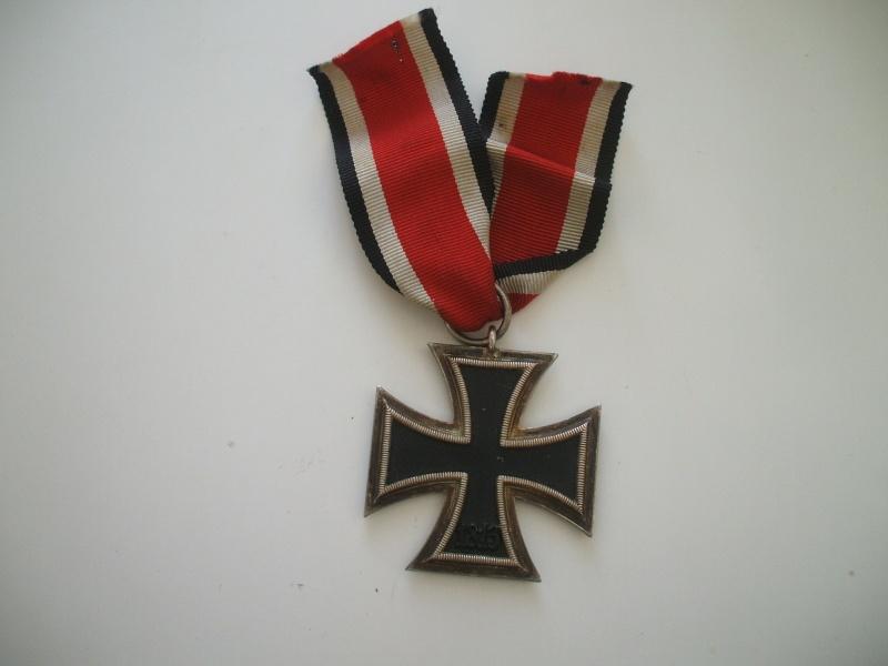 Vos décorations militaires, politiques, civiles allemandes de la ww2 - Page 2 Croix_11