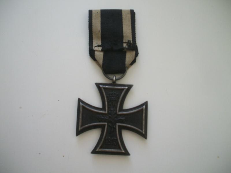 Vos décorations militaires, politiques, civiles allemandes de la ww2 - Page 2 Croix_13