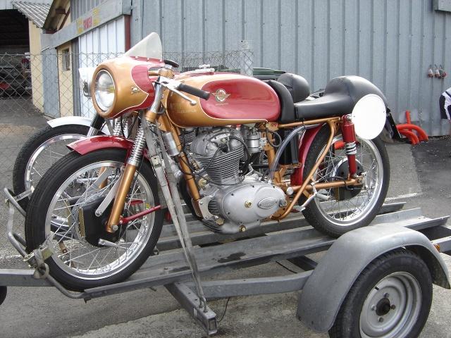 Ici on balance les Monos Ducati - Page 5 Dsc02110