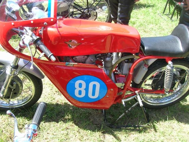 Ici on balance les Monos Ducati - Page 5 Dscn3010