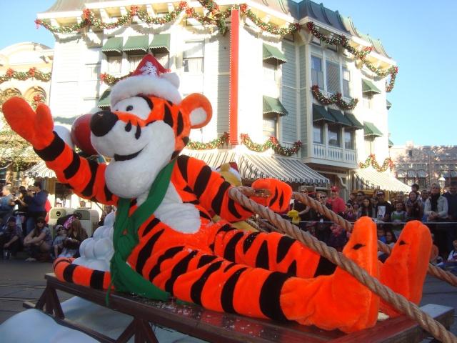 Vos plus belles photos de Disneyland Resort - Page 2 Dsc00213