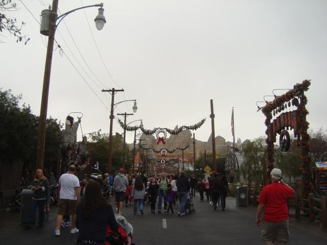 Vos plus belles photos de Disneyland Resort - Page 2 Dsc00217