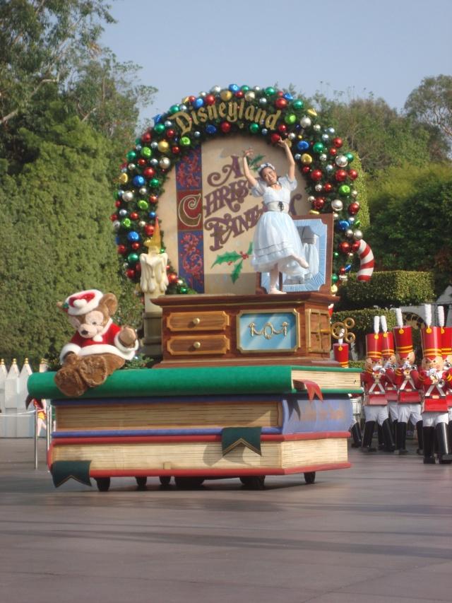 Vos plus belles photos de Disneyland Resort - Page 2 Dsc00313