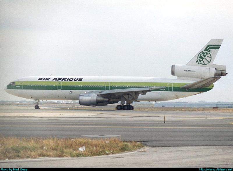 Les BERLIET et 2cv du RAID AFRIQUE 1973 Air-af10