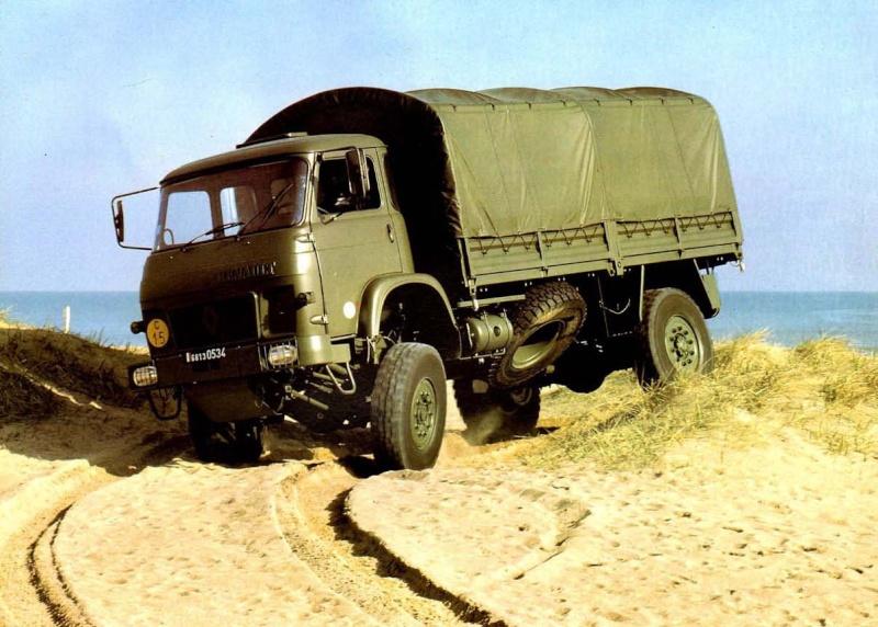 *CAMION* SAVIEM SL8 Camion10