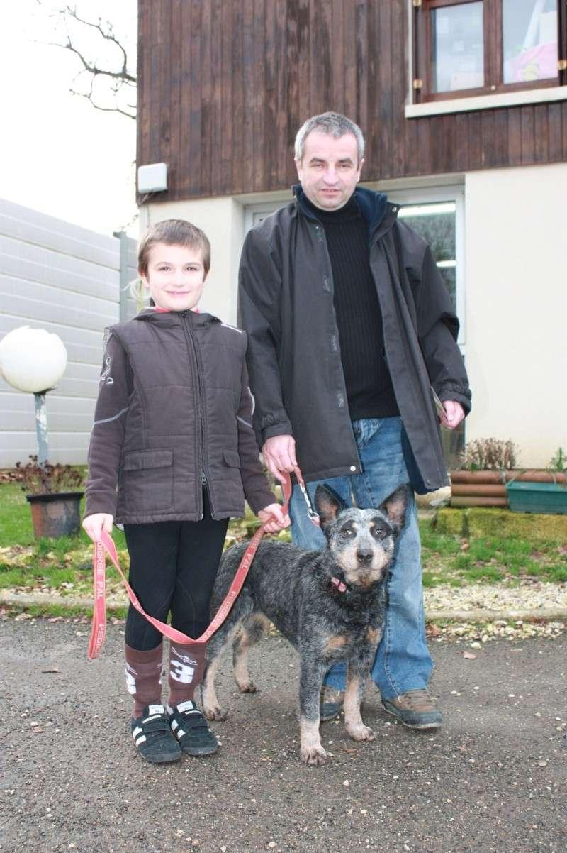 BLUE BANDERA et sa nouvelle famille Img_2510