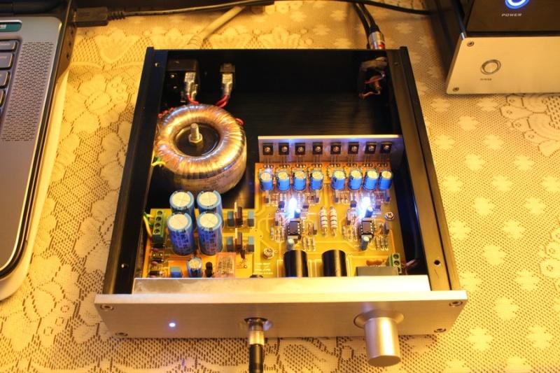 Docet cuffia amp o A1 Clone Gold? - Pagina 5 A1_clo10