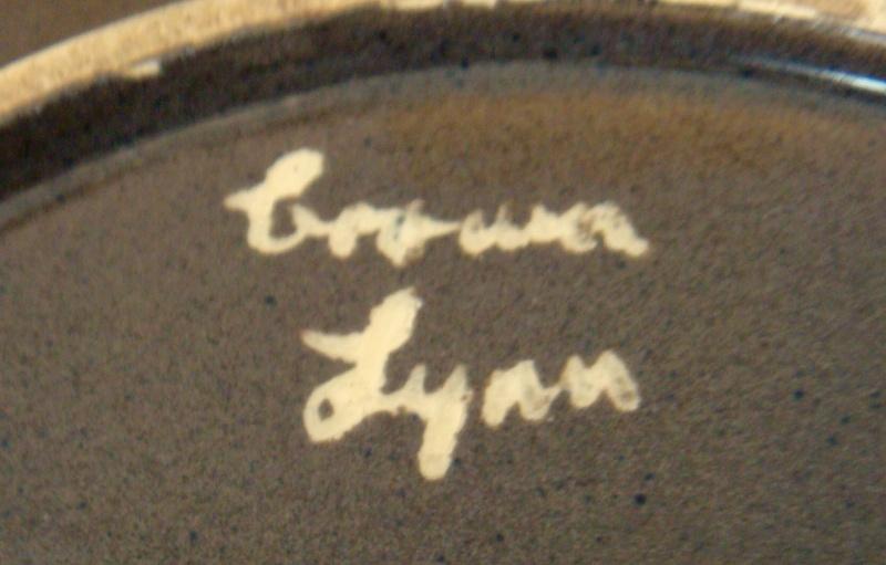 Unusual Crown Lynn Bowl Dsc03611