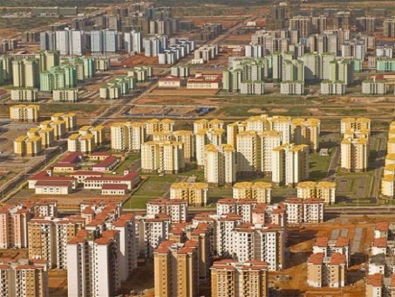 Pourquoi la Chine stock sans raisons apparentes des produits comme le fer, le riz, des métaux précieux, le lait en poudre? 9ad35610