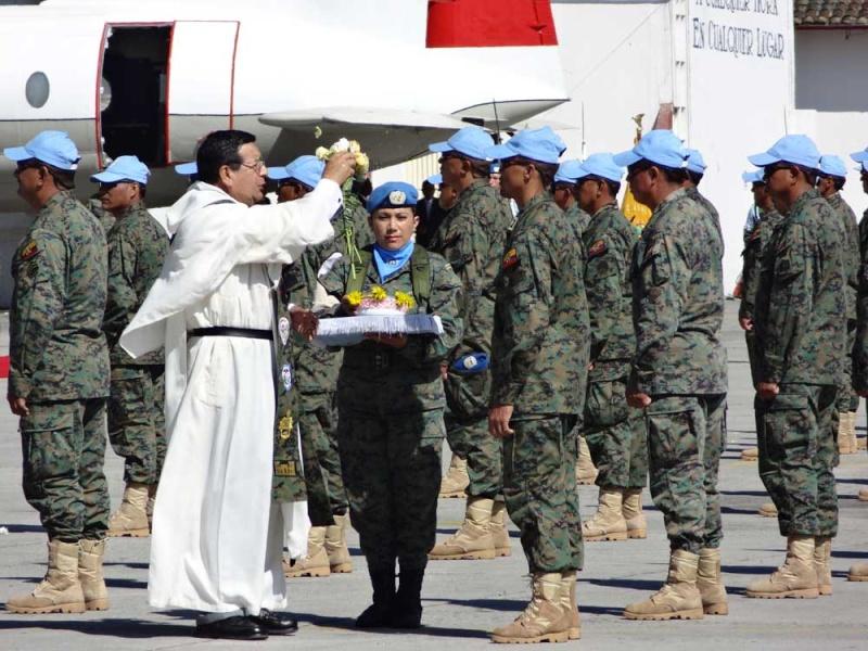 Armée Equatorienne/Fuerzas Armadas del Ecuador - Page 4 Equado12