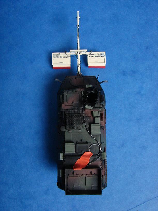 """VAB avec système """"LEMIR""""  [VAB Heller + LEMIR Scratch - 1/72ème] - Page 4 Dsc08911"""