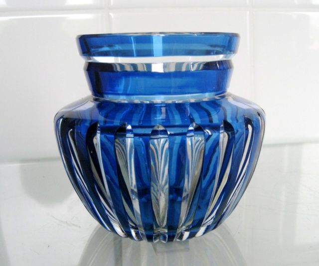 vase en cristal  overlay bleu VSL ??? Caraf110