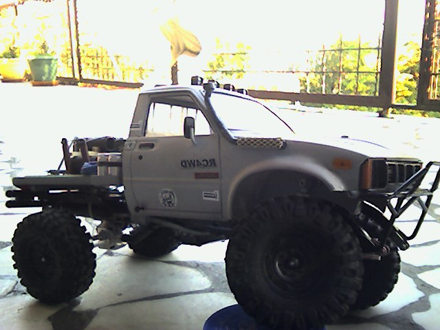 Mon SCX10.( Toyota Hilux ) - Page 4 Snapsh10