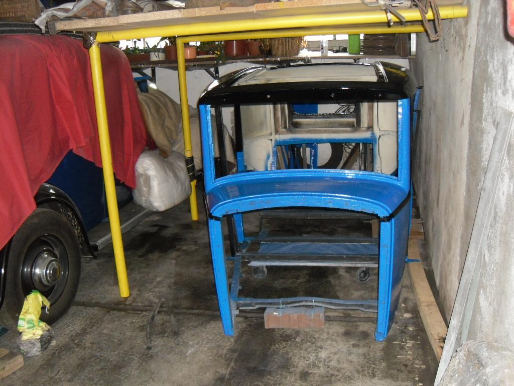 la 401 bleue à Dom25 Sam_2611