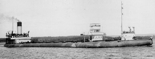 "Le ""John ericsson"" navire à dos de baleine. Eric210"