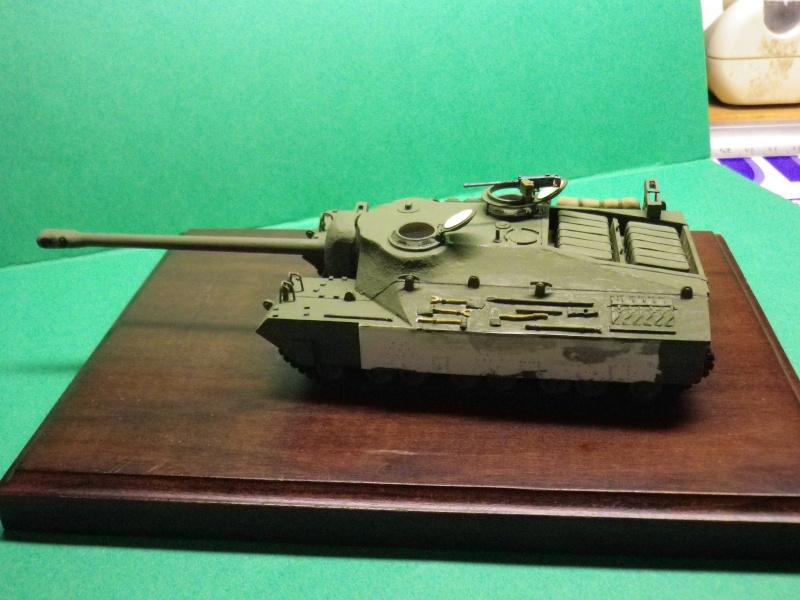 char américain super lourd T28 au 1:72 - Page 3 Imgp1213