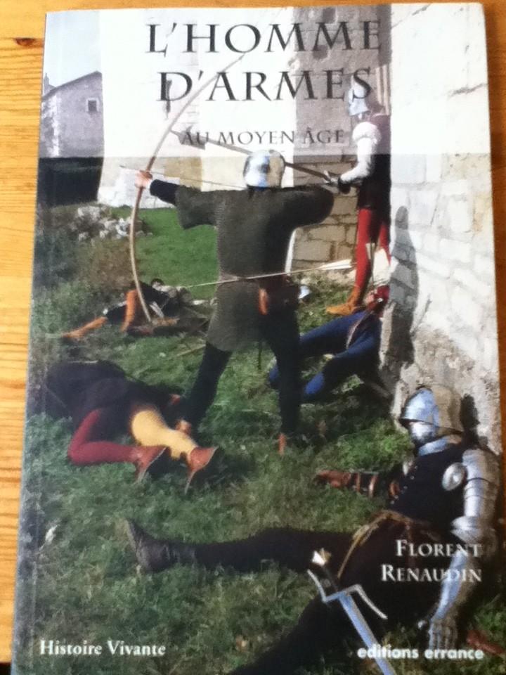 L'homme d'armes au Moyen Age (Florent Renaudin) Img_0321