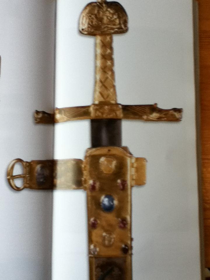 L'épée, usages, mythes et symboles Img_0326