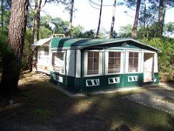 loue caravane 4 places en camping naturiste 3 etoiles, 40560 Vielle-Saint-Girons (Landes) Reside21