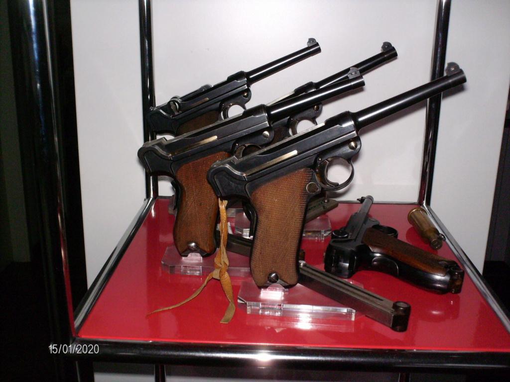 Vos étagères pour armes courtes Hpim0012