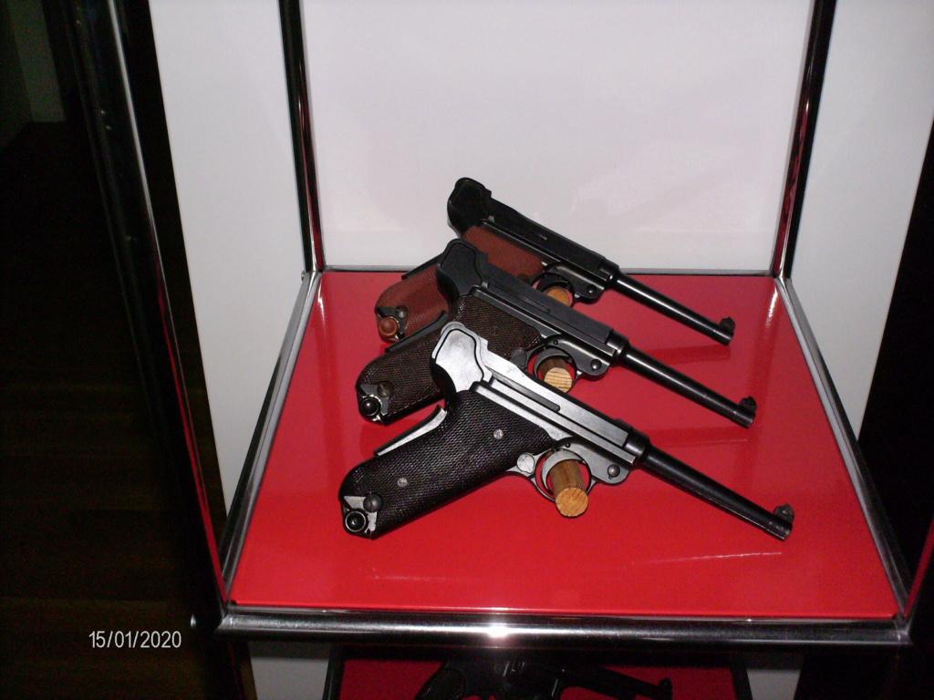 Vos étagères pour armes courtes Hpim0013