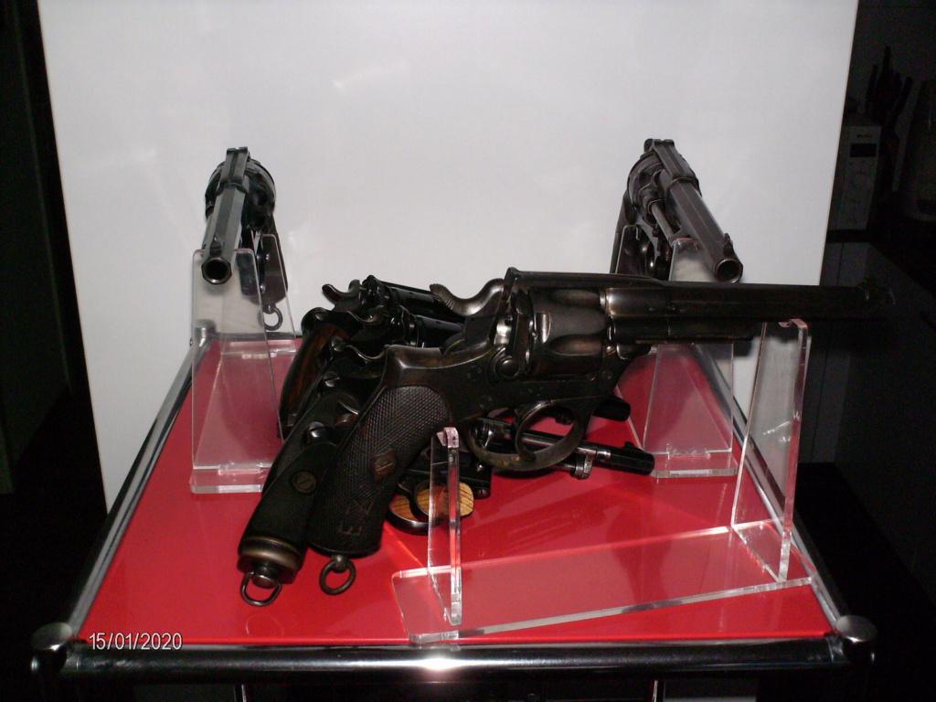 Vos étagères pour armes courtes Hpim0015
