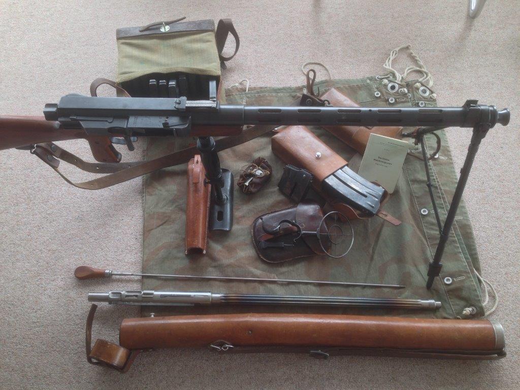 Le fusil-mitrailleur BREN MK II fabriqué au Canada par la Compagnie John Inglis Img_0510