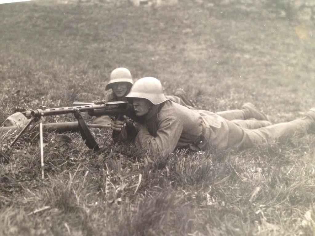 Le fusil-mitrailleur BREN MK II fabriqué au Canada par la Compagnie John Inglis Img_0718