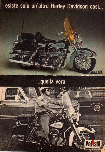 La Harley dans la pub - Page 9 Polist11