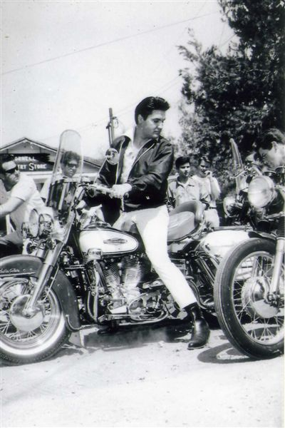 elvis presley the KING - Page 2 Spin_o11