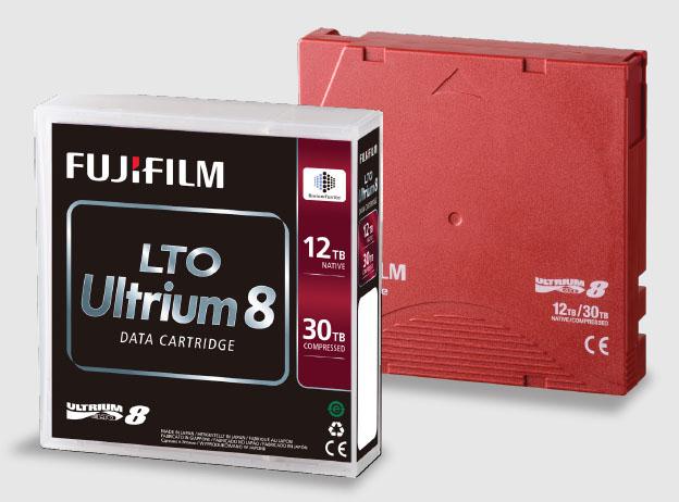 Từ chuẩn LTO 5 - có thể dùng băng từ (tape drive) như đĩa cứng (hard drive) Fuji_l10