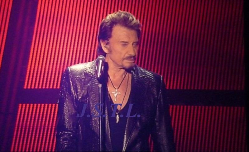 Johnny au zénith de Clermont - Page 2 P1050915