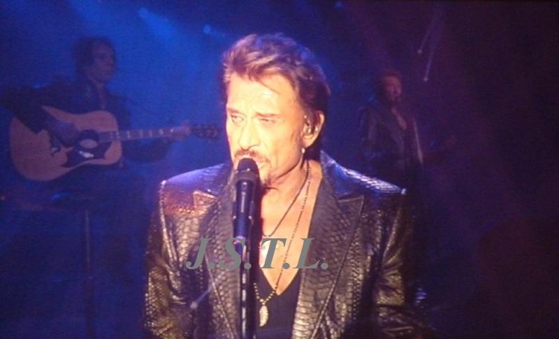 Johnny au zénith de Clermont - Page 2 P1050917