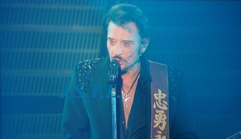 Johnny au zénith de Clermont - Page 2 P1060016
