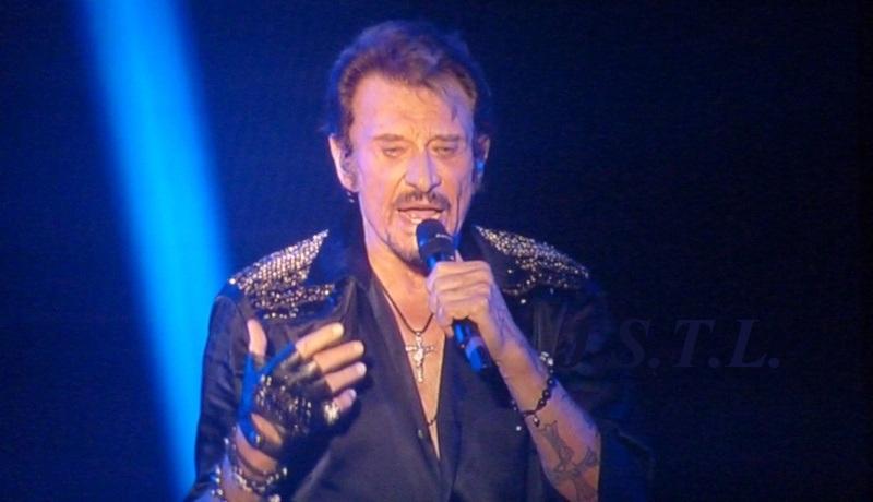 Johnny au zénith de Clermont - Page 3 P1060117