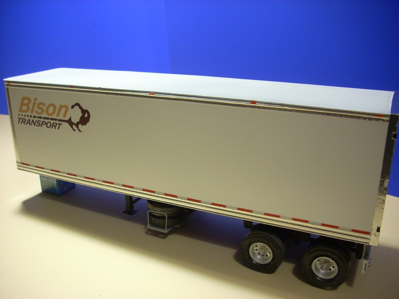 """Volvo VN """"Bison Transporte"""" Comp_055"""